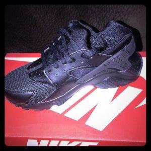 Nike Hurrache running shoes